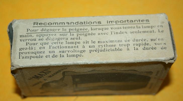 UC de mitrailleuse reibel/ chargeur bois/La sonde d'âme du canon/ et lampe bretton. Zzzzzz14