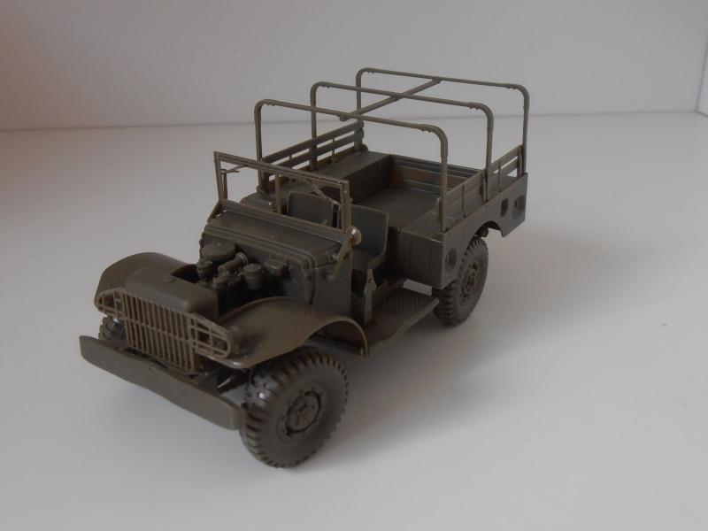 Dodge WC51 ( 1/35ème AFV ) P9290111