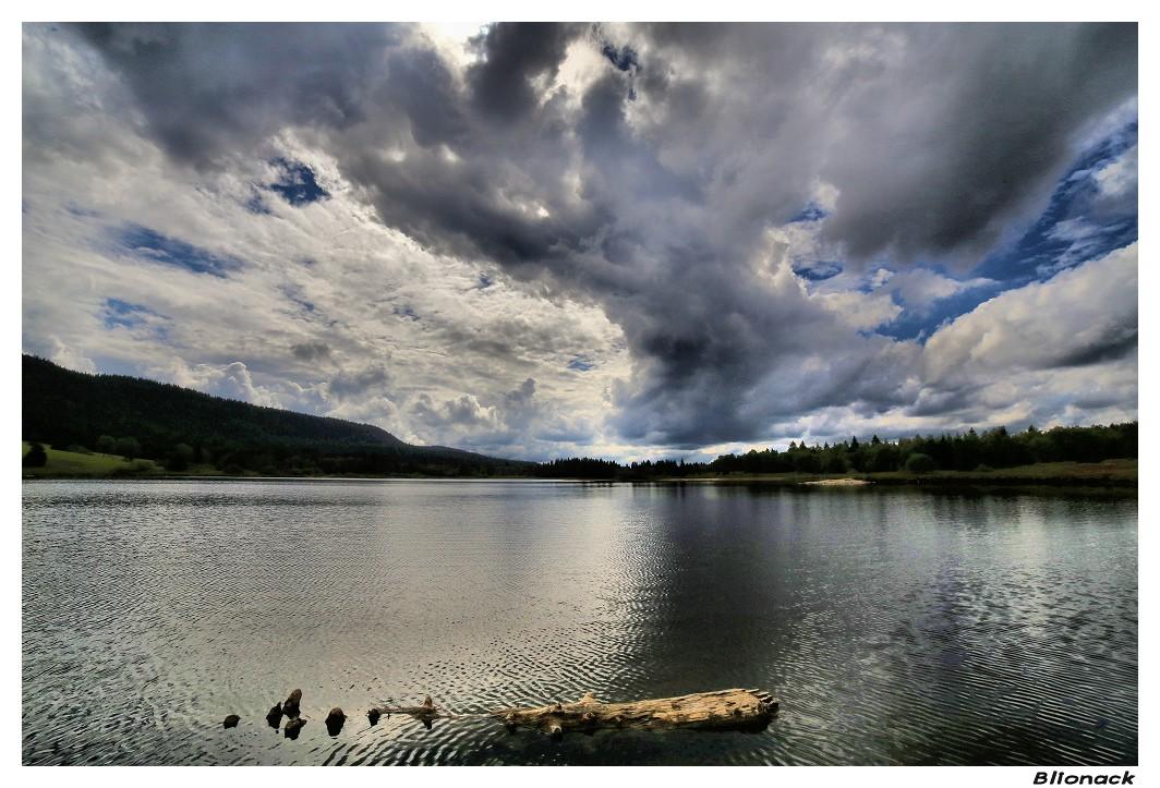 Contre-jour sur le lac Contre10