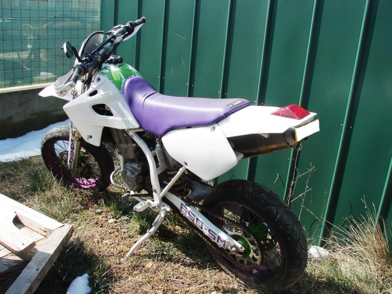 vend pieces 650 klxr super motard et quelque pieces klx Dsc09310
