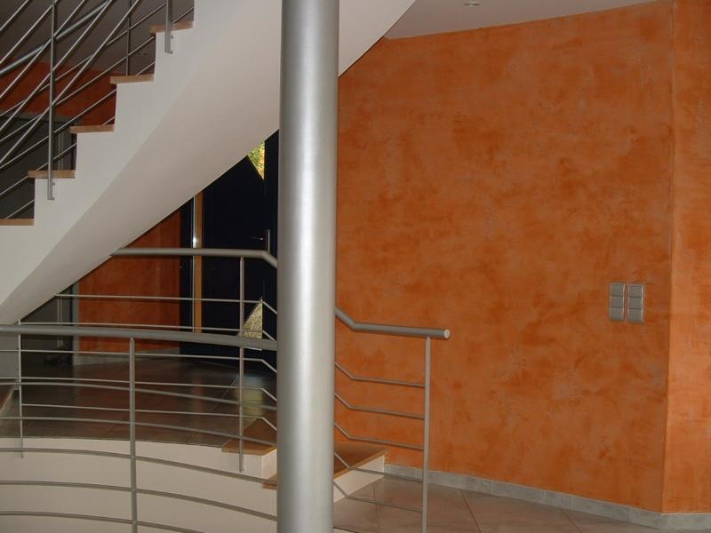 couleur orange pour grand mur mal foutu dans salon ? Entree10