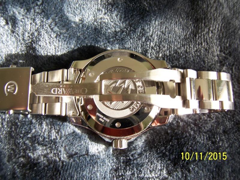 ward - Revue de la montre Christopher Ward TRIDENT C60-GMT600  en version 42 mm. 100_2634