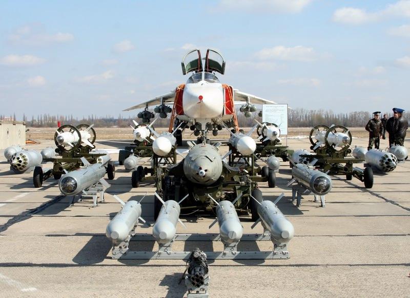 الجزائر تعاقدت على 4 فرقاطات MEKO A-200 في صفقة 2.8 مليار دولار  - صفحة 2 Su-24_10