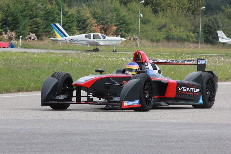 [F1] Jacques Villeneuve - Page 11 Img_3410
