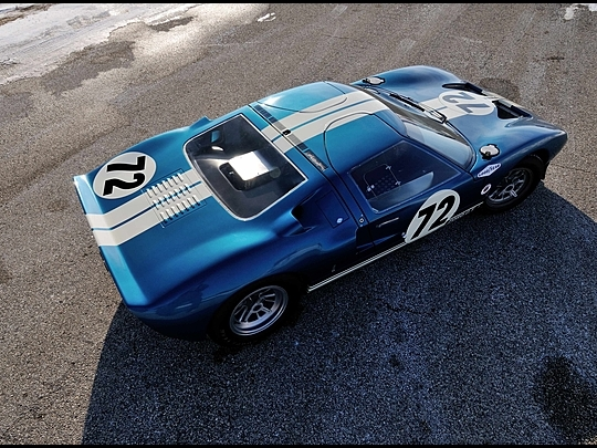 La FORD GT 40  Ford-g12