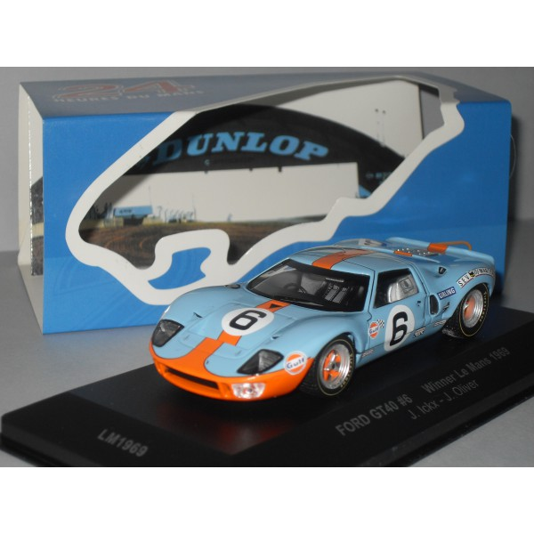 La FORD GT 40  - Page 2 Ford-g15
