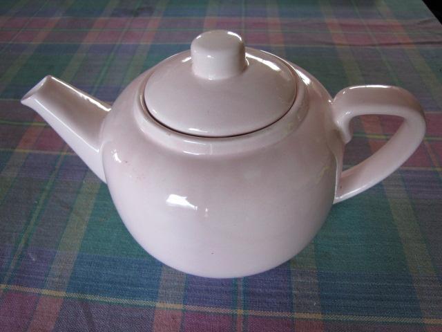 pink teapot Clteap10