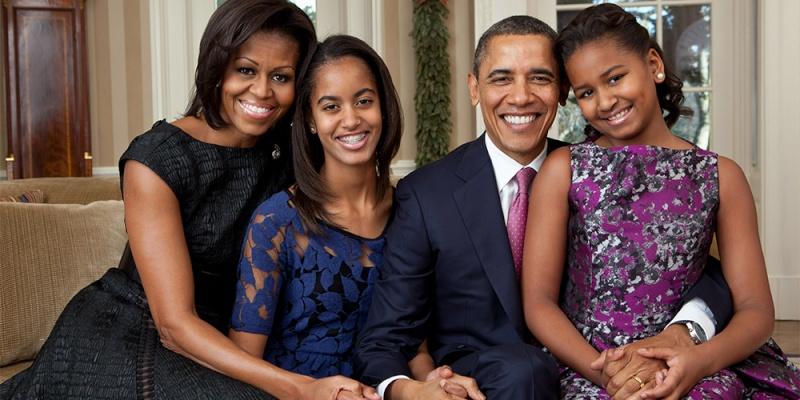 ENFANTS DE CELEBRITES PAR ORDRE ALPHABETIQUE - Page 3 Obama10