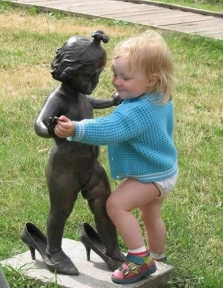 Des statues amusantes ! Stat_a12