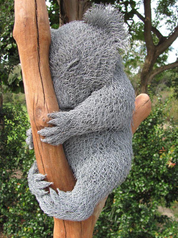 Des statues amusantes ! - Page 6 Stat_k10