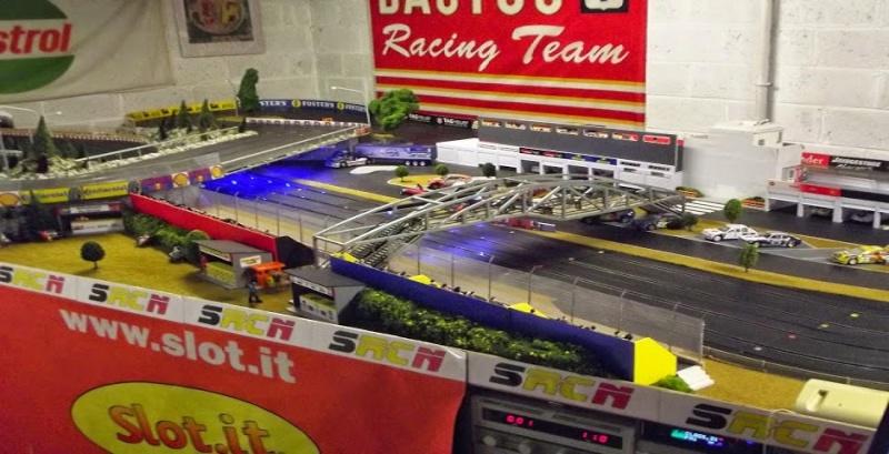 Première manche du Championnat Groupe 5 (voitures fournies) Dscf0012