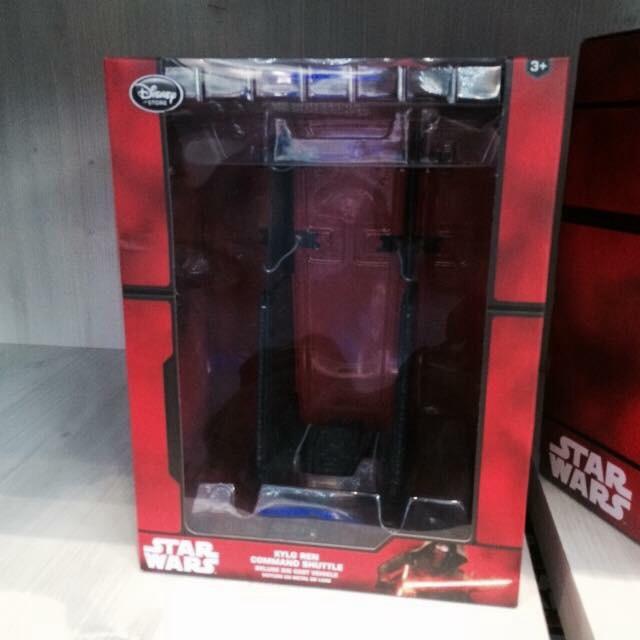 Les Articles Star Wars Disney Store Image31