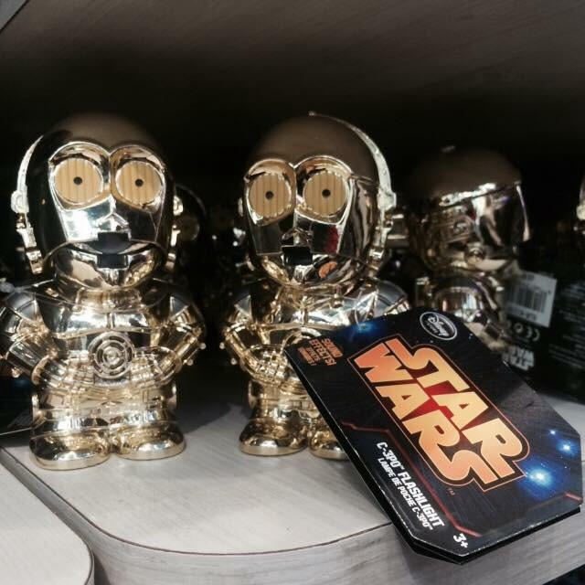 Les Articles Star Wars Disney Store Image54