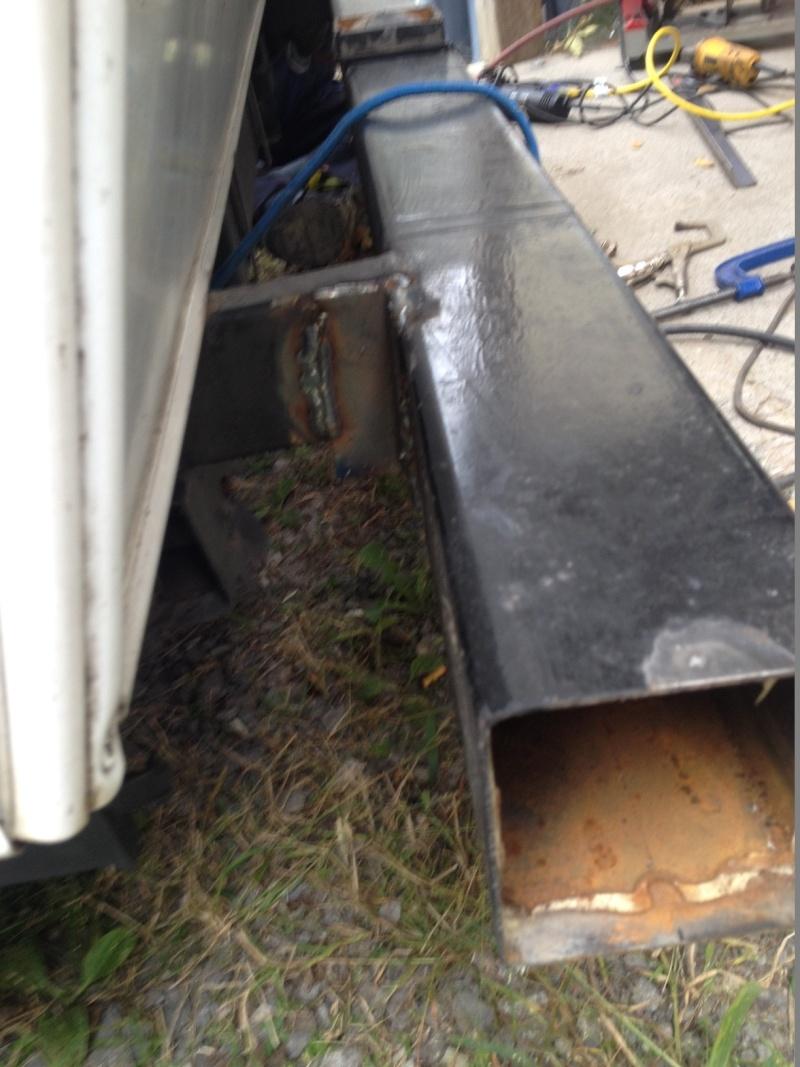 Réparation d'un parechoc défoncé Img_2420
