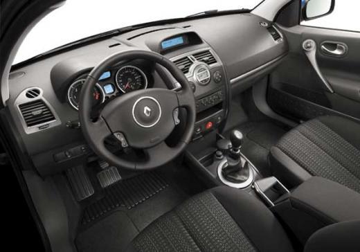 Récapitulatif des finitions Renault Mégane 2 phase 1 et 2 (2002-2009) Dynami11