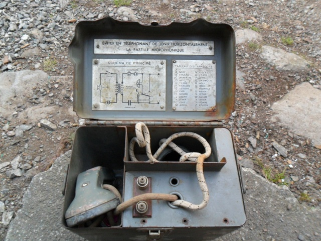 Telephone militaire T-M 1932 Sam_0575