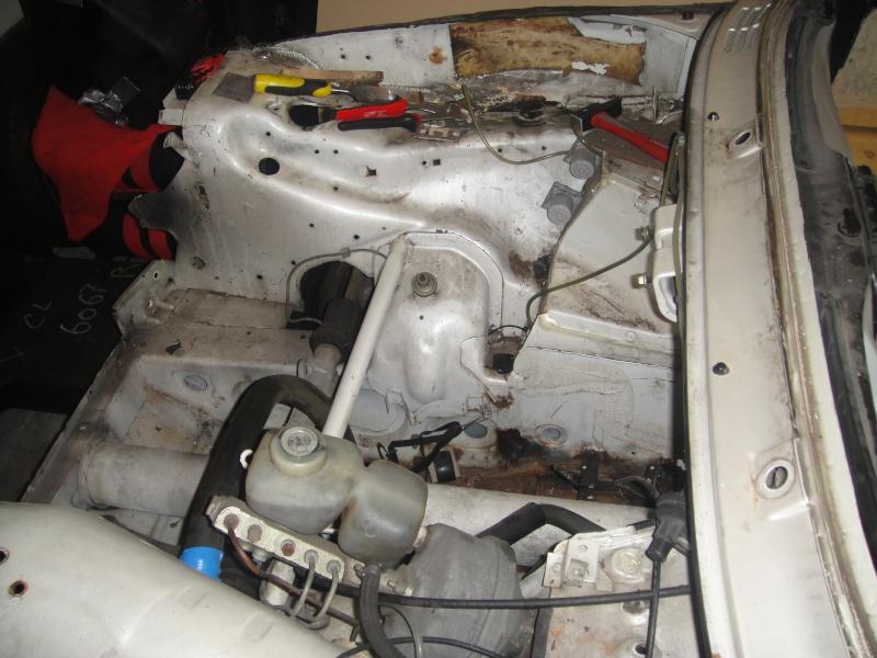 encore une 5 turbo en restauration - Page 4 Dsc00513