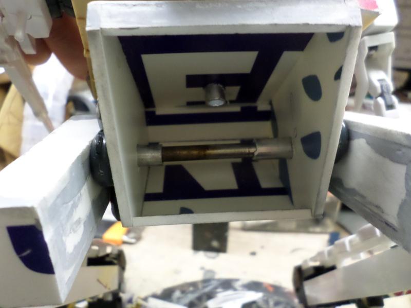 Robot de combat (mon pote robot) - Page 2 Sam_1114