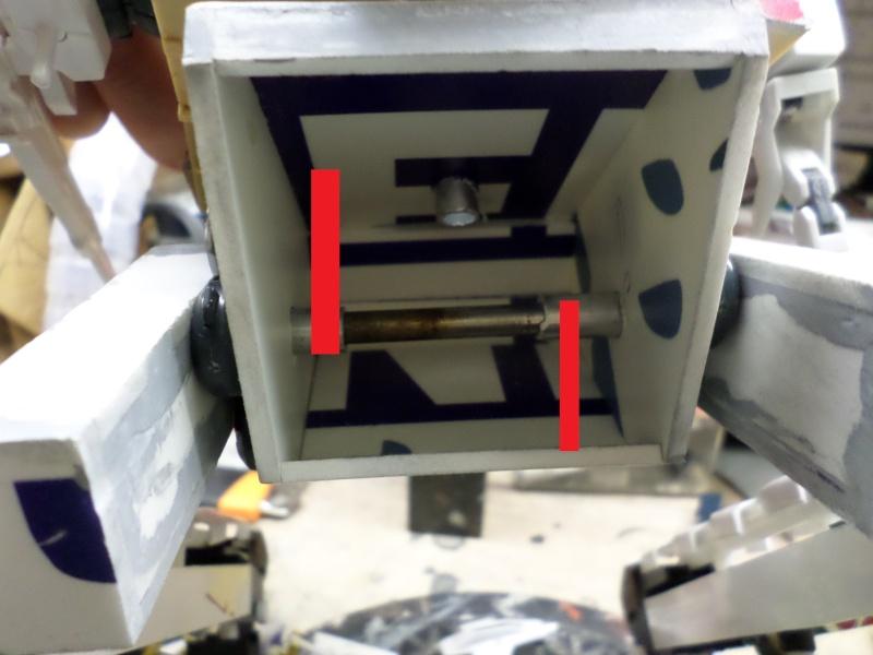 Robot de combat (mon pote robot) - Page 2 Sam_1115