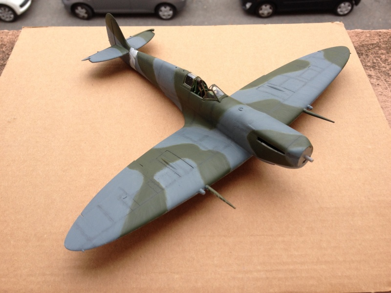 Spitfire IX [ICM] 1:48e (Projet AA) - Page 8 Img_4220