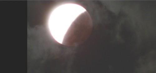 L'éclipse de la super lune du 28 septembre 2015 Ec1710