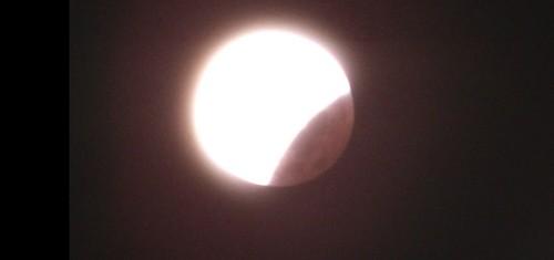 L'éclipse de la super lune du 28 septembre 2015 Ec1910