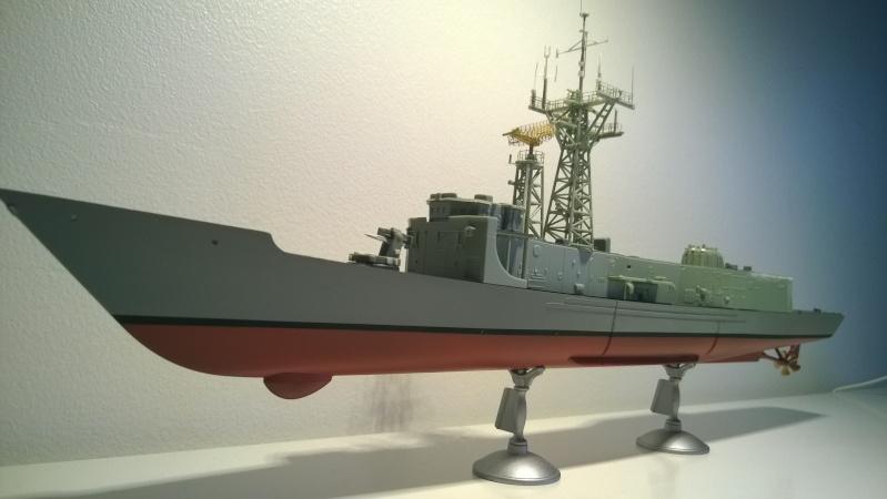 USS REUBEN JAMES 1/350 Academy  - Page 2 Wp_20179