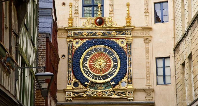 Reçu un beau diapo....Les horloges et pendules des rues..... 17_fra10