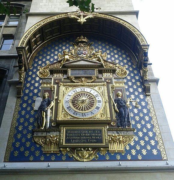 Reçu un beau diapo....Les horloges et pendules des rues..... - Page 2 61677210