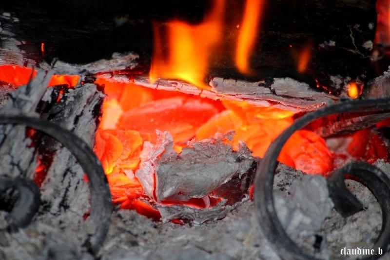 Au coin du feu - Page 6 Au-coi10