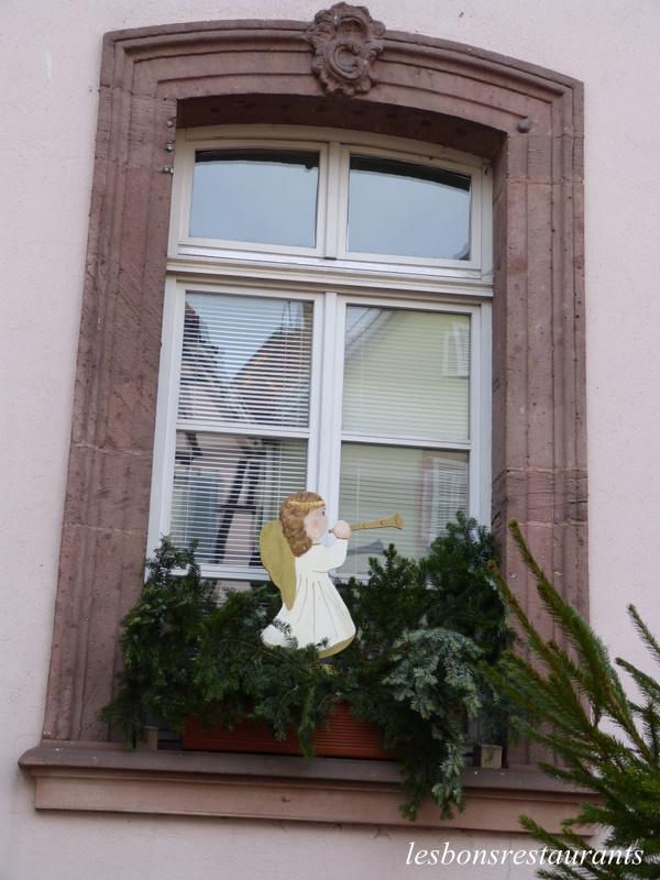 Des fenêtres d'hier et d'aujourd'hui. - Page 20 Blog-311