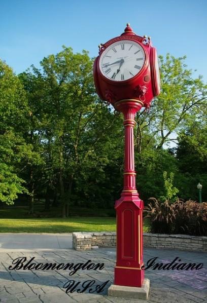 Reçu un beau diapo....Les horloges et pendules des rues..... - Page 2 Horlog12