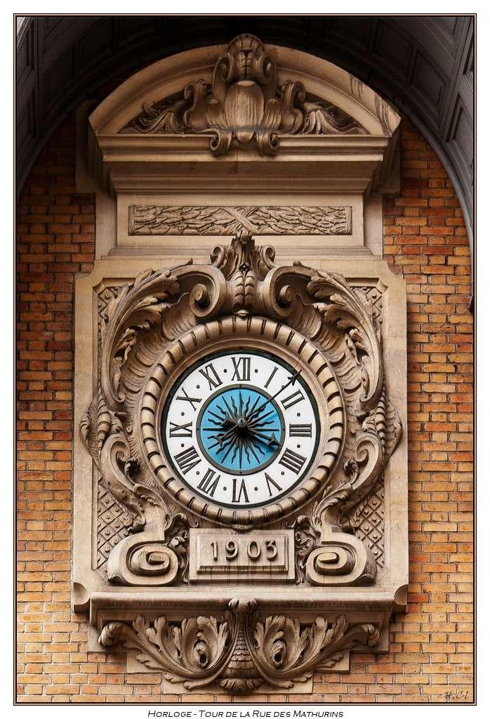 Reçu un beau diapo....Les horloges et pendules des rues..... - Page 2 Horlog13