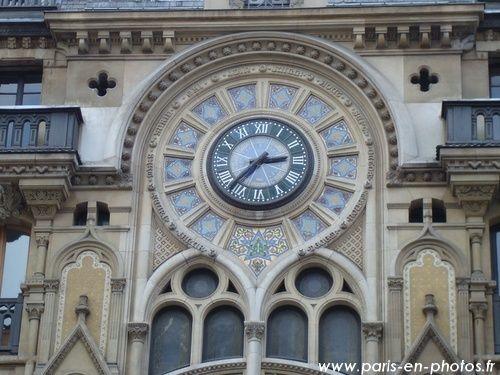 Reçu un beau diapo....Les horloges et pendules des rues..... - Page 3 Horlog14