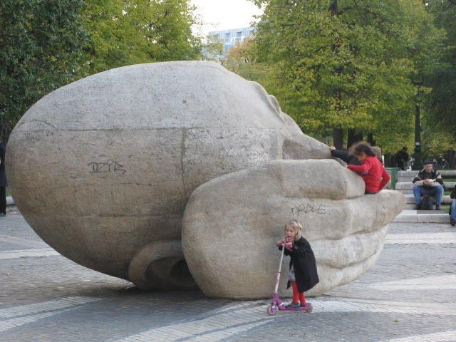Des statues amusantes ! - Page 6 Img_8810