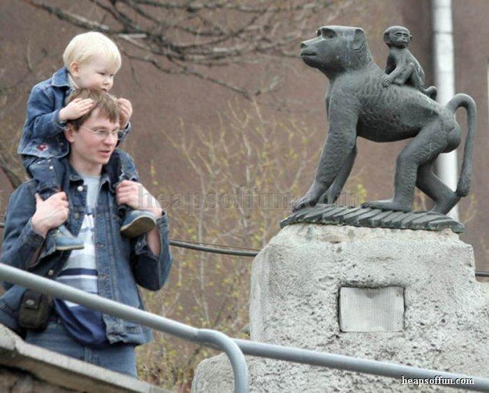 Des statues amusantes ! - Page 3 People10