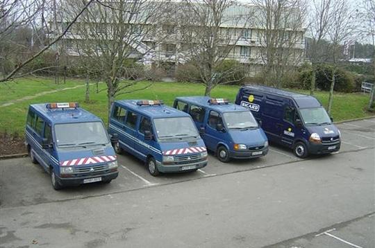 véhicules de la gendarmerie.....pas tous. 2-truc11