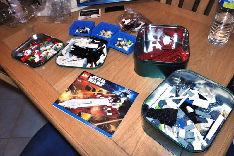 Lego - 10215 - UCS Obi-Wan's Jedi Starfighter Dsc_0211