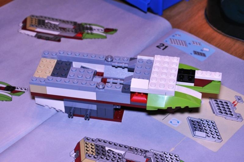 Lego - 10215 - UCS Obi-Wan's Jedi Starfighter Dsc_0216