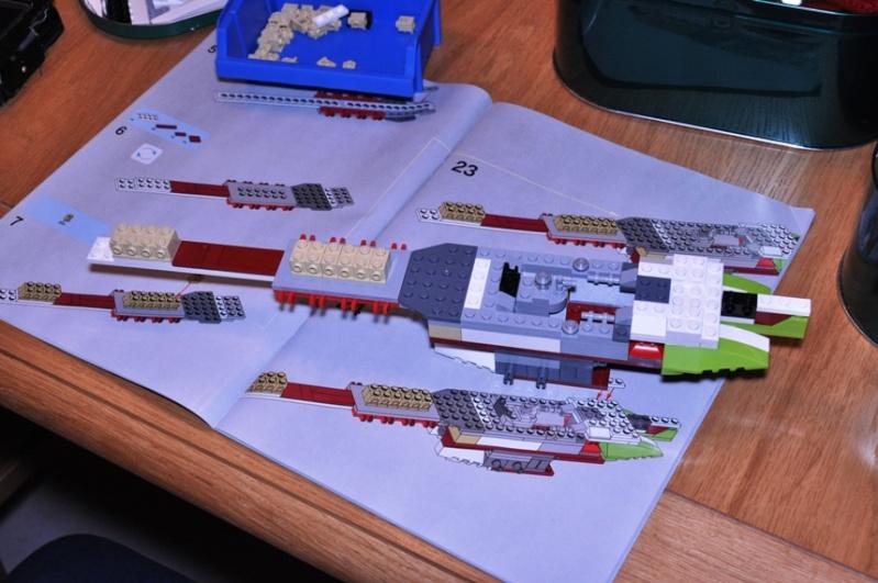 Lego - 10215 - UCS Obi-Wan's Jedi Starfighter Dsc_0217