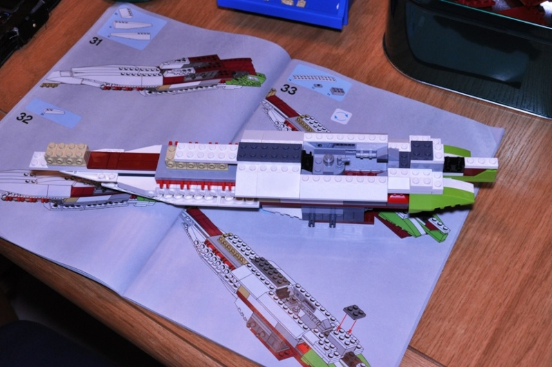 Lego - 10215 - UCS Obi-Wan's Jedi Starfighter Dsc_0218