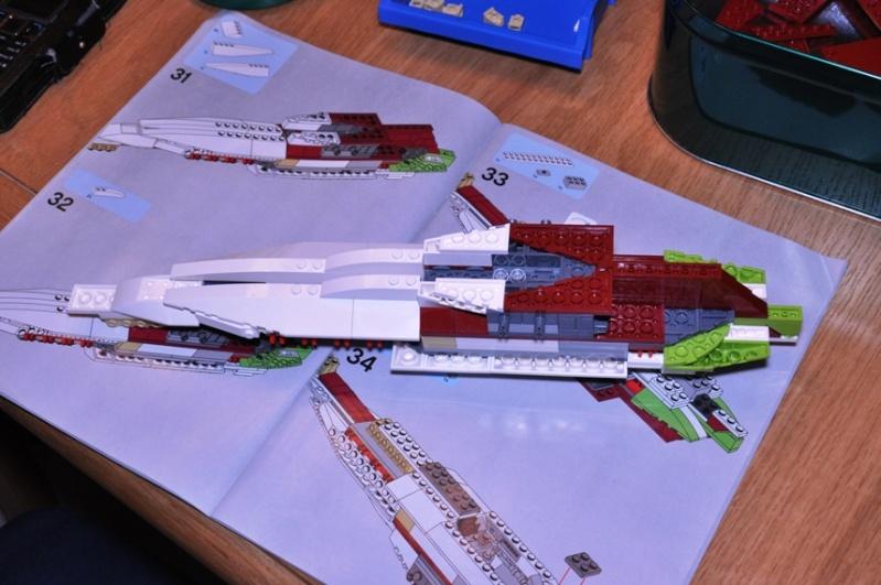 Lego - 10215 - UCS Obi-Wan's Jedi Starfighter Dsc_0219
