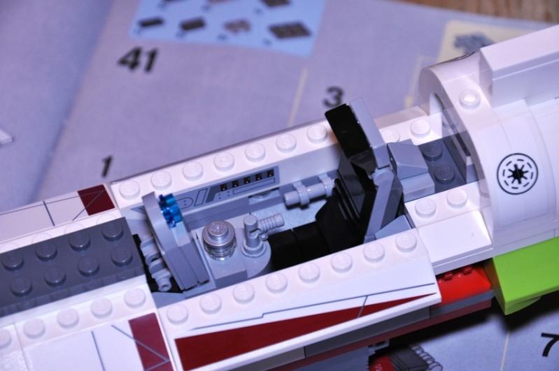 Lego - 10215 - UCS Obi-Wan's Jedi Starfighter Dsc_0220