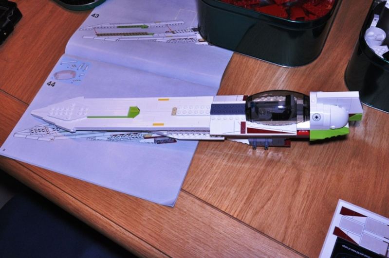 Lego - 10215 - UCS Obi-Wan's Jedi Starfighter Dsc_0224