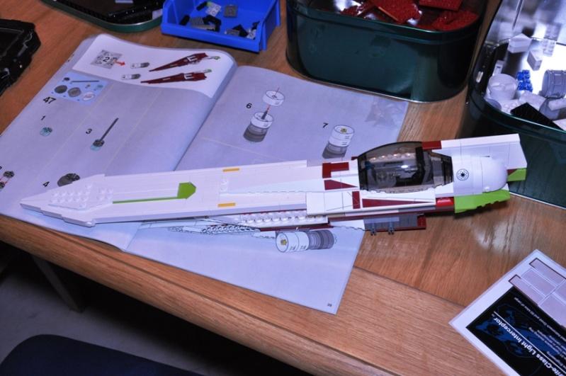 Lego - 10215 - UCS Obi-Wan's Jedi Starfighter Dsc_0227