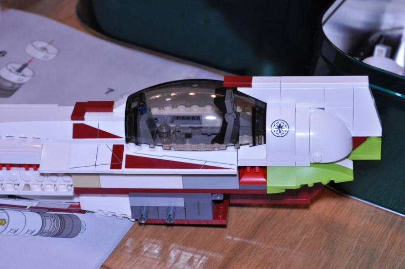 Lego - 10215 - UCS Obi-Wan's Jedi Starfighter Dsc_0228