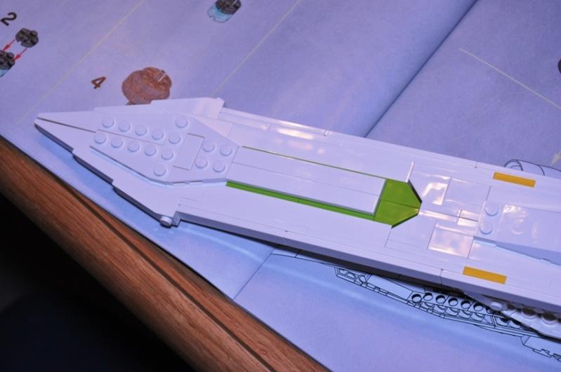 Lego - 10215 - UCS Obi-Wan's Jedi Starfighter Dsc_0229