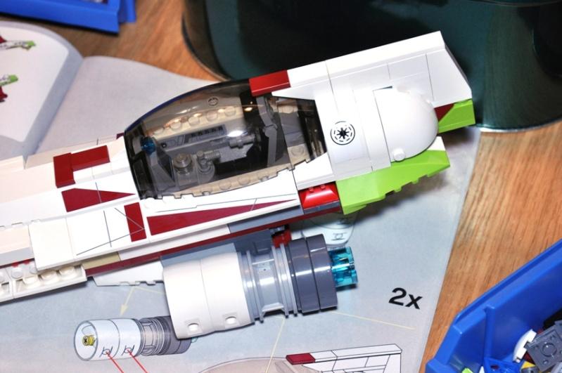 Lego - 10215 - UCS Obi-Wan's Jedi Starfighter Dsc_0231