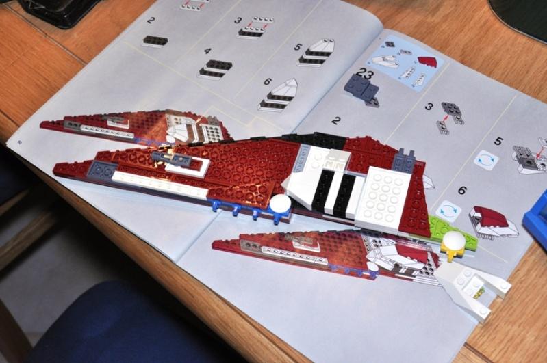 Lego - 10215 - UCS Obi-Wan's Jedi Starfighter Dsc_0233