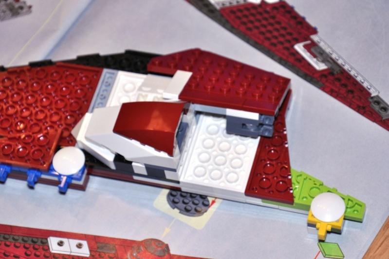 Lego - 10215 - UCS Obi-Wan's Jedi Starfighter Dsc_0234